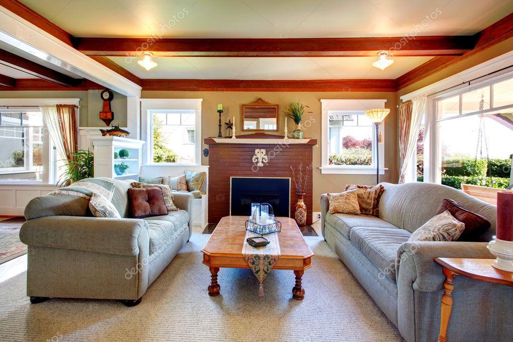 Sala de estar elegante estilo antiguo foto de stock for Living elegante