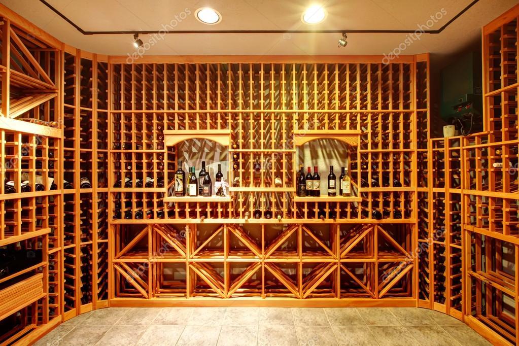 Id e de conception de maison cave vin photographie iriana88w 40981987 for Cave a vin maison