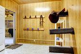 美しいきれいな安定した馬納屋 — ストック写真