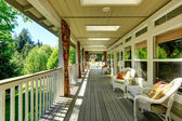 Spacious cozy backyad deck  — Photo