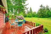 Backyard with patio area — Stock Photo