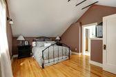 Velux master slaapkamer — Stockfoto