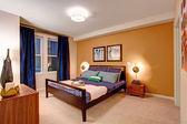 Elegant bedroom interior — Stock Photo