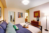 Modern master bedroom — Stock Photo