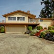 House exterior. View from drive way — Stock Photo #46093849
