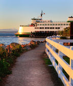 Washington State ferry during sunset. — Stock Photo