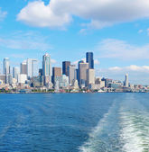 Downtown view from ferry. Seattle, WA — Стоковое фото