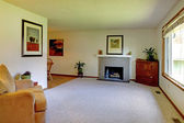 Small living room with fireplace — Stockfoto