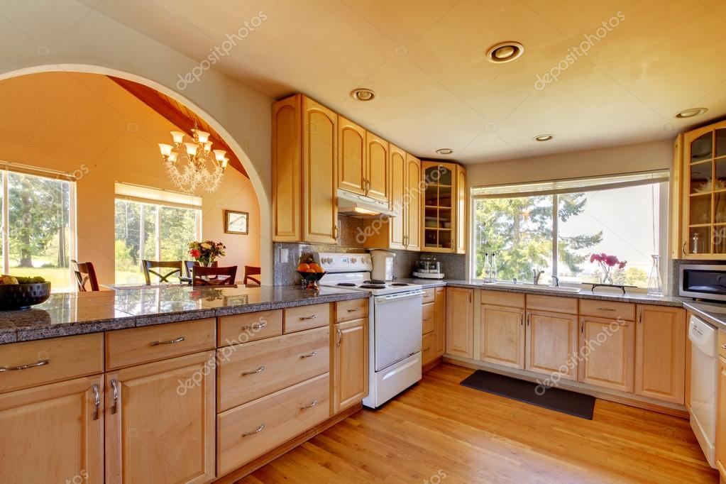 Interior da cozinha bonita fotografias de stock iriana88w 47103225 - Cucina con arco ...