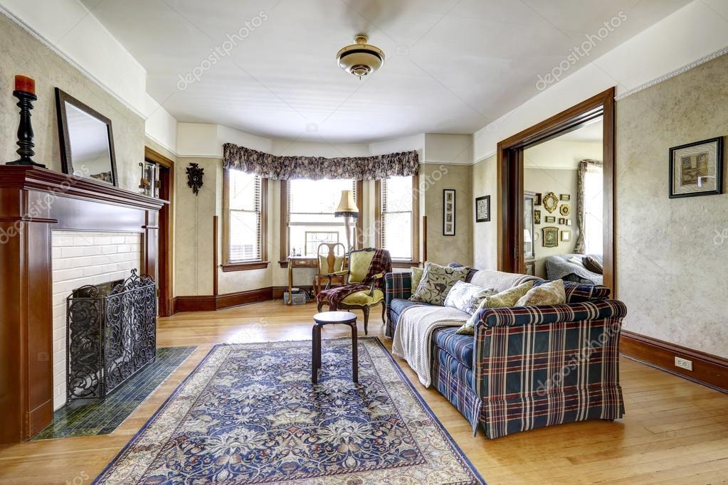 Sala interior na antiga casa americana fotografias de - Casas americanas interior ...