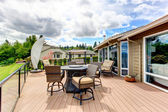 Walkout deck with patio area — Stock Photo