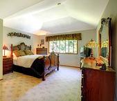Tradycyjne amerykańskie sypialnia. — Zdjęcie stockowe