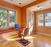 办公室室内桃颜色 — 图库照片
