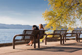 Park Bench by the Lake — Foto de Stock