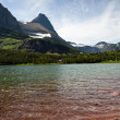 Redrock Lake and Mountains — Stock Photo