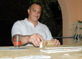 Cuban Man Playing Domino — Stock Photo
