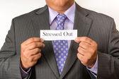 Działalności człowieka w garniturze i posiadających znak. czysty biznes osoba na sobie garnitur i krawat. gospodarstwa znak. — Zdjęcie stockowe