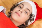 Hispanic Family and Child having fun decorating a Christmas tree — Foto Stock