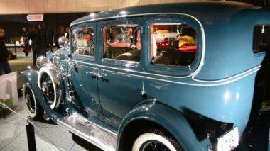 Vintage alte buick, eine freude für autoliebhaber — Stockvideo