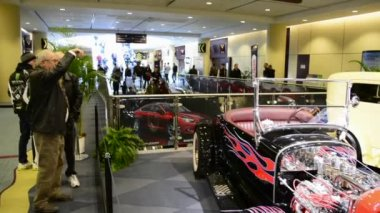 General View of the Classic Cars Hall in the Canadian International Auto Show — Stock Video