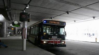 Public Transportation at Pearson International Airport in Toronto — Stock Video