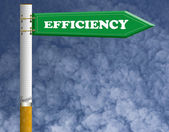 Efficiency road sign with imagine cigarette pillar — Stock Photo