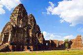 Phra prang sam yot w lop buri — Zdjęcie stockowe