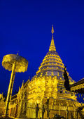 Wat Doi Suthep during twilight time — Stock Photo