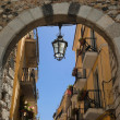 Medieval arch in Taormina. Sicily — Stock Photo