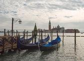 San Giorgio Maggiore church and gondolas in Venice on sunset — Stock Photo