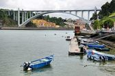 Small fishing boats on the river Douro — Foto de Stock
