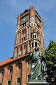 Nicolaus Copernicus monument in Torun, Poland — Stock Photo