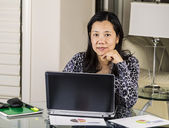 Women relaxing while working at home office — Stock Photo