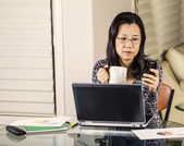 Incoming Work Message at Home Office — Stock Photo