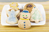 Snögubbe semester cookie och vänner — Stockfoto