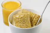 Whole grain Cereal, Honey and Orange Juice ready for breakfast — Stock Photo