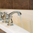 New Chrome Faucet in Master Bath Tub — Stock Photo