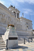 Torch flame in Vittorio Emanuele, The Piazza Venezia in Rome, Italy — Stock Photo
