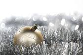 金色圣诞球 — 图库照片