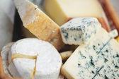Różne rodzaje sera skład — Zdjęcie stockowe