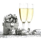 Champagne glasses and gifts — Φωτογραφία Αρχείου