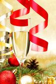 Decoración de navidad y champán — Foto de Stock