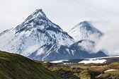 Volcanoes of Kamchatka Peninsula: Kamen, Kliuchevskoi and  Bezymianny — Stock Photo