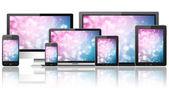 Tablet pc, teléfono móvil, portátil, hd tv y computadora — Foto de Stock