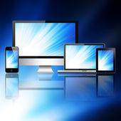 Portátil, teléfono móvil, tablet pc y ordenador — Foto de Stock