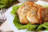 Baked chicken breast with salad — Stock Photo