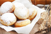 Donuts homemade with powdered sugar — Stock fotografie
