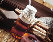 Essential Oil with Cinnamon and Chocolate — 图库照片