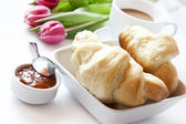 French Breakfast with Croissants Coffee and Flowers — Photo
