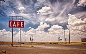 Teksas'ın tarihsel rota 66 boyunca kafe işareti. — Stok fotoğraf